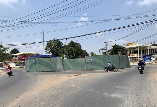 Châu Thành thi công mở rộng vòng xuyến ở trung tâm huyện